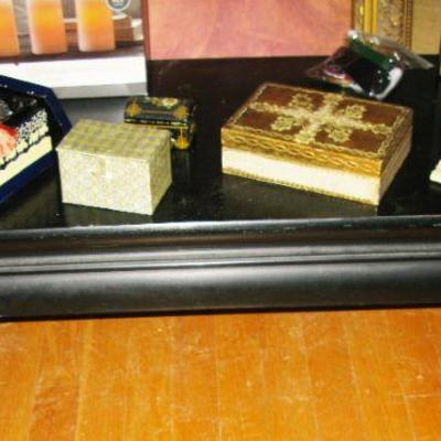 low black lacquer Asian table  BUY IT NOW $ 20.00