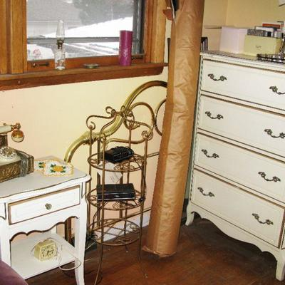 4 drawer chest of drawers   BUY IT NOW $ 95.00