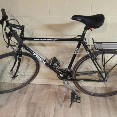 Trek Multitrack 750 bicycle
