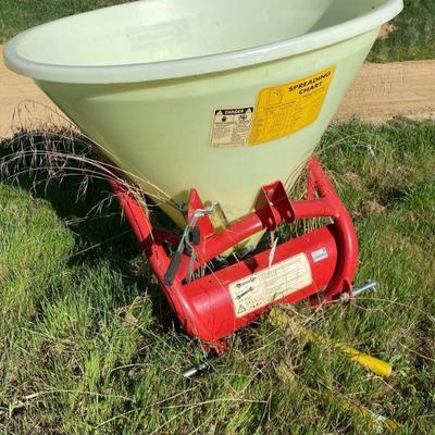 62: Cosmo Fertilizer Spreader P Model 500 Cosmo Fertilizer Spreader P Model 500
