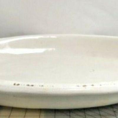 https://www.ebay.com/itm/114113096486 SM3043A: LARGE WHITE PLATTER POTTERY