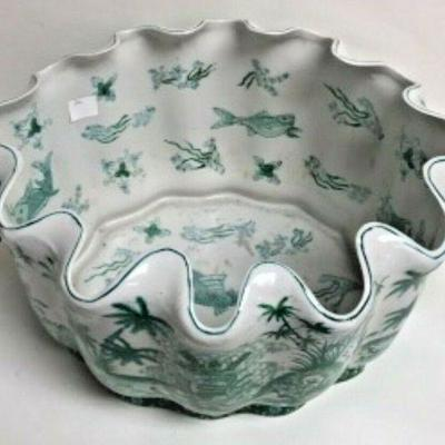 https://www.ebay.com/itm/124082616339 SM3035: LARGE CLAM SHAPED ASIAN POT PLANTER GREEN AND WHITE
