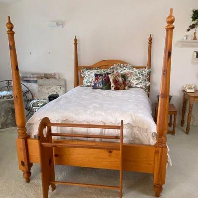 Pair of 4 poster, pine, full size beds