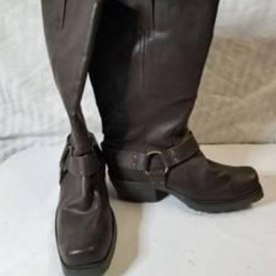 Arizona Leather Booth with Straps Size 8.5 M