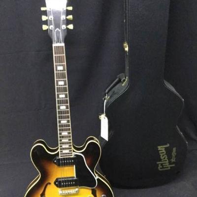 GGG022 Gibson ES-330 w/P-90s Guitar & Hard Case