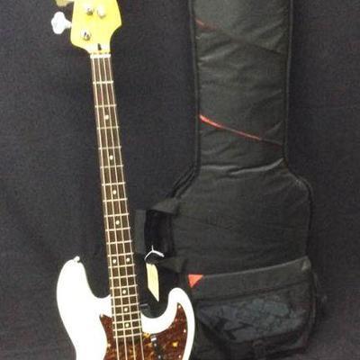 GGG009 Squier Jazz Bass White (Polar White) & Gig Bag