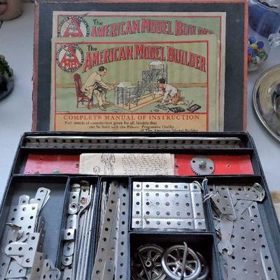 Antique 'American Model Builder' Erector Sets