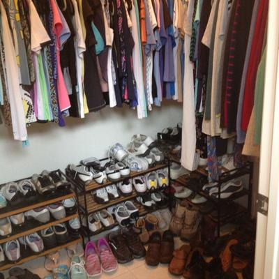 Golf shoes size 7 1/2 and women's clothes
