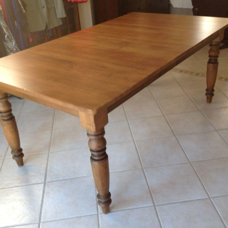 Solid wood table with 2 leaves