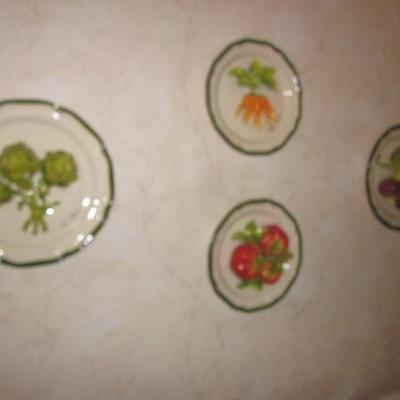 Canadian Eva Gordan Ceramic Plate Collection