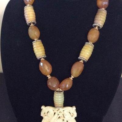 MLC002 Vintage Jade Double Dragon Necklace