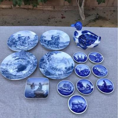 Blue & White Porcelain Collectibles