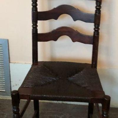 https://www.ebay.com/itm/124121120543 SL3011: Ladder Back Chair Local Pickup