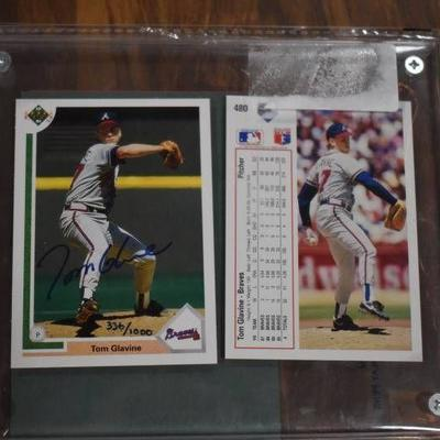 Autographed Tom Glavine Atlanta Braves 1991 Upper Deck Baseball Trading Card in Sealed Case with COA - WILL SHIP
