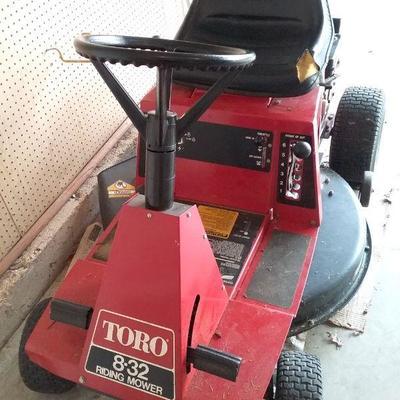 Toro 8.32 Riding Mower
