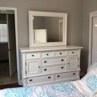 PA012 Chest of Drawers with Mirror $145, Bed Frame $125, Mattress $100, Comforter $20 . We will not hold unless Paid for Venmo...