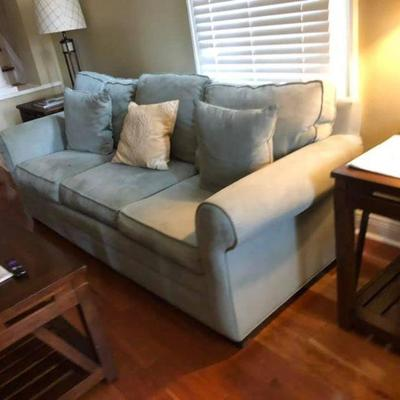 PA005 Sofa $125, End table $45, Coffee Table $95 . We will not hold unless Paid for Venmo @Rafael-Monzon-1 PayPal:...