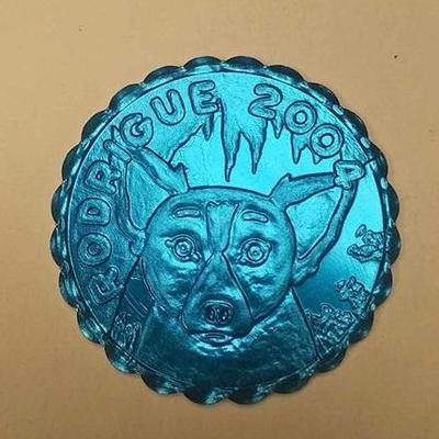 NNS012 BLUE DOG RODRIUE 2004 ARGUS ALUMINIUM MARDI-GRAS THROWS $3.00Pay online by Venmo: @Rafael-Monzon-1, PayPal Email:...