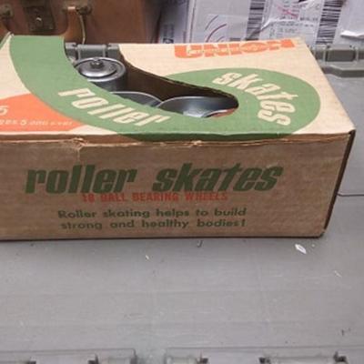 https://www.ebay.com/itm/114218458927BU3036 VINTAGE UNION HARDWARE ROLLAR SKATES #5 IN BOX 18 BALL BEARING WHEELSOLD STOCK NEW IN BOX...
