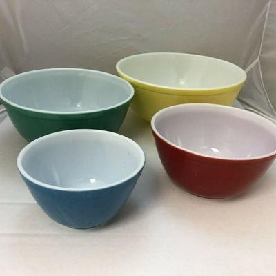https://www.ebay.com/itm/124179363117BU1002: Pyrex : Vintage Mixing Bowls Primary Colors 401 402 403 404 $85