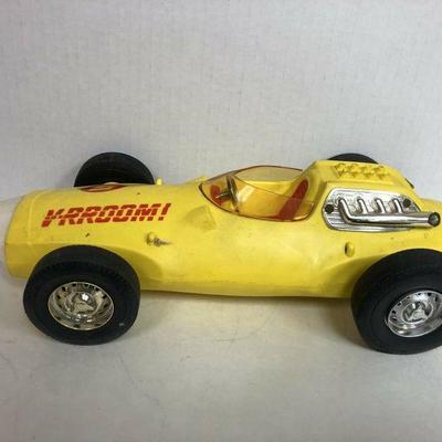 https://www.ebay.com/itm/124180725128BU1007: 1963 V-RROM by Mattel Vintage Toy Sports Car Not Tested Auction