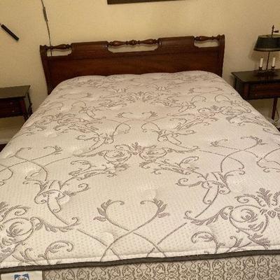 https://www.ebay.com/itm/124189133602BU1012M Full Size Bed Mattress and box spring SetUpstairs Local Pickup $100