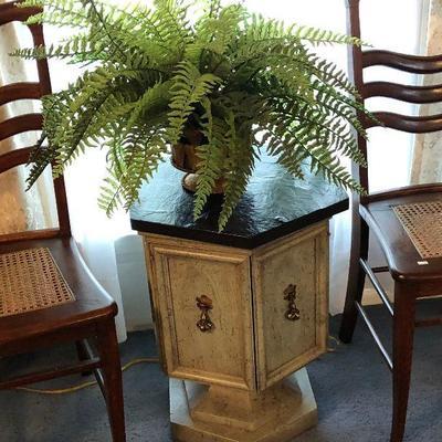 https://www.ebay.com/itm/114225968058BU1019 Mediterranean Pedistal Table Cabinet Black and Green Local Pickup $65