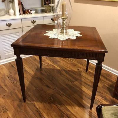 https://www.ebay.com/itm/124189402357BU1035: Colonial Style Card Table Local Pickup $95