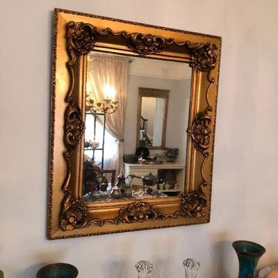 https://www.ebay.com/itm/114226130216BU1030 Gold Gilt Mirror With Decorative Frame Local Pickup $95