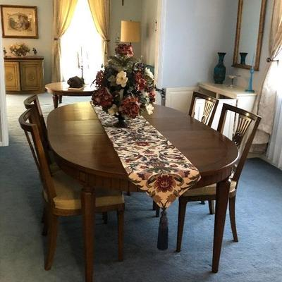 https://www.ebay.com/itm/124189364591BU1027: Mid Century Mediterranean Table and 6 Chairs $250