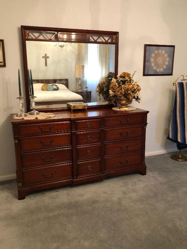 BU1010DM Continental Furn. Dresser & Mirror Local Pickup 3rd Party Shipping $175
