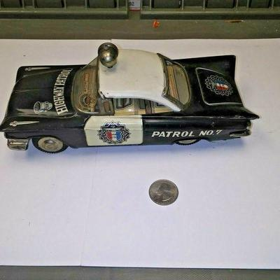 https://www.ebay.com/itm/114227170218BU3075 VINTAGE USED  TOY 1960s HIGHWAY PATROL NO.7 FRICTION TIN PRESSED METAL CA Auction