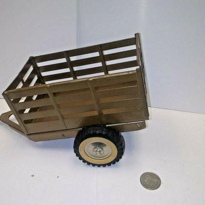 https://www.ebay.com/itm/114227160169BU3027 1960s VINTAGE TONKA BROWN PAINTED TRAILOR PRESSED STEEL Auction