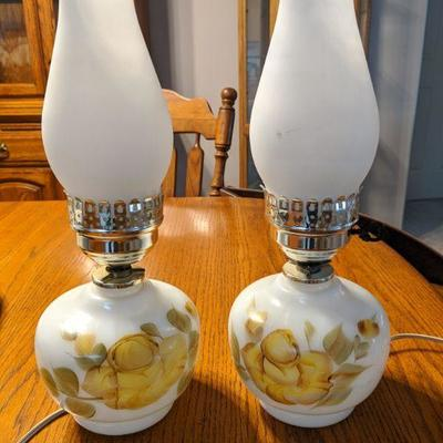 Two vintage lamps $20.00