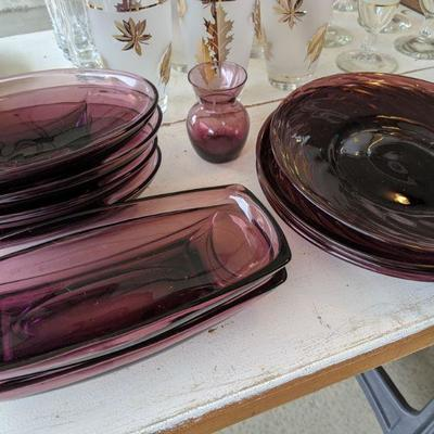 Bundle of vintage amethyst glass 6 oval, 2 rectangular, small vase $40/all