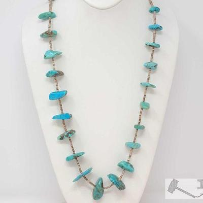 227 NATIVE AMERICAN SUPERIOR Slabs OF TURQUOISE VINTAGE NAVAJO STERLING SILVER NECKLACE OLD. Value $450.00 Here we have an impressive...