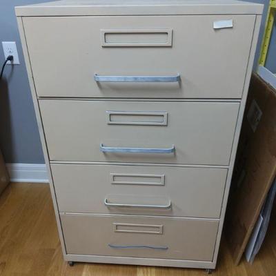 4 Drawer Filing Cabinet on Wheels