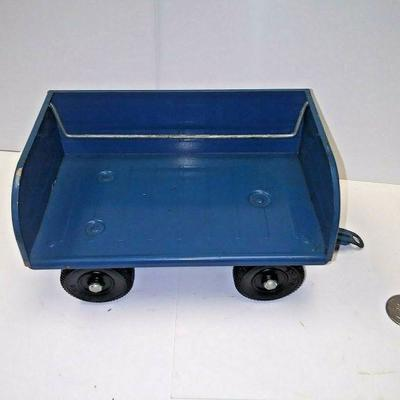 https://www.ebay.com/itm/124199084980	BU3028 1960s VINTAGE TONKA BLUE PAINTED TRAILOR PRESSED STEEL 1:18 SCALE MADE IN	 $20.00 	Buy-It-Now