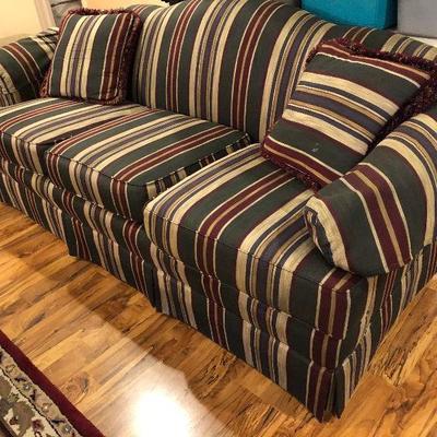 https://www.ebay.com/itm/114240055600BU1039: Striped Sofa Local Pickup Auction