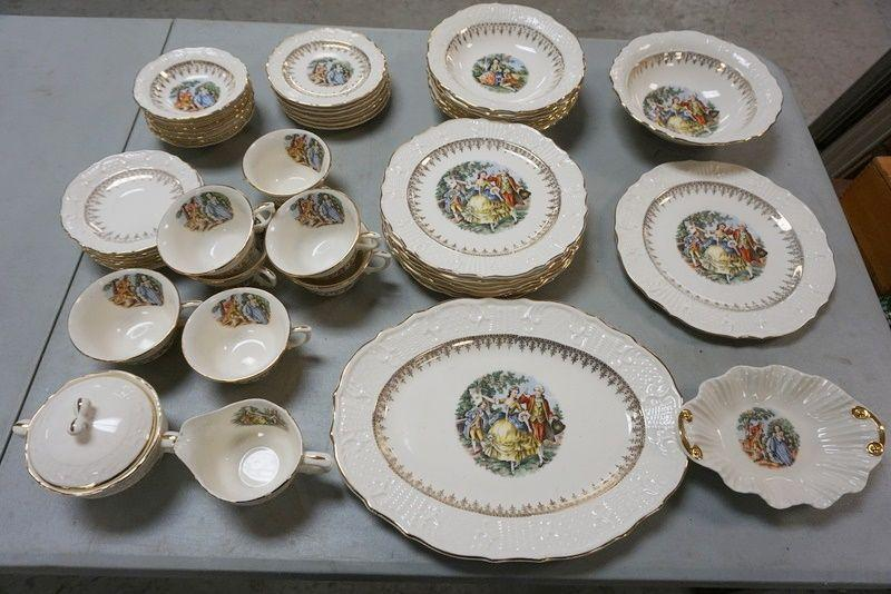 1009	VOGUE WASHINGTON COLONIAL DINNERWARE SERVICE FOR 7