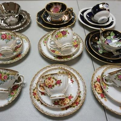1008COLLECTION OF CUPS AND SAUCERS AND LUNCHEON PLATES, WINTERLING, SCHUMANN