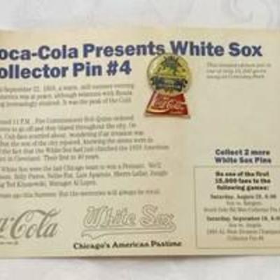 Coca-Cola Presents White Sox Collector Pin #4 on Original Promo Card