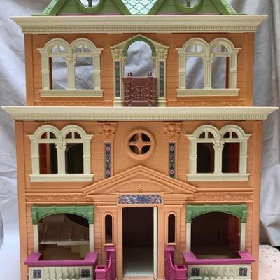 Bid-Buy-Get Details at bidlive.uniquevintique.com