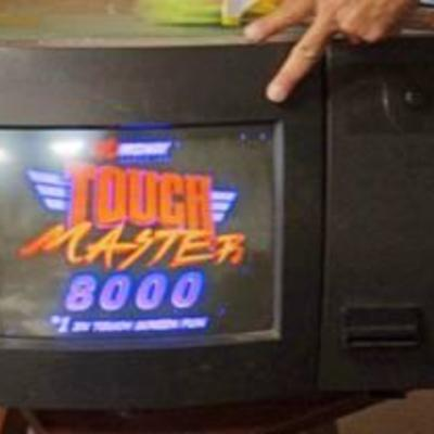 MIDWAY TOUCHMASTER 8000 TOUCHSCREEN COUNTERTOP MULTI-GAME ARCADE GAME-NICE DEAL