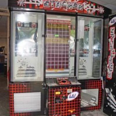 #Stacker Arcade Machine - Game Merchandiser - Big Machine