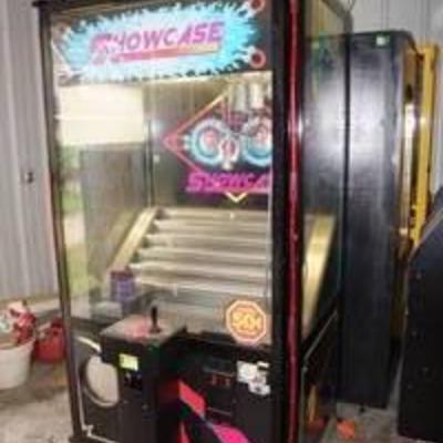 Showcase Imposible Magnet Claw Arcade Game Machine