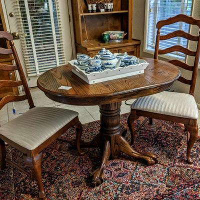 498-100 Oak table w/(2) chairs 30