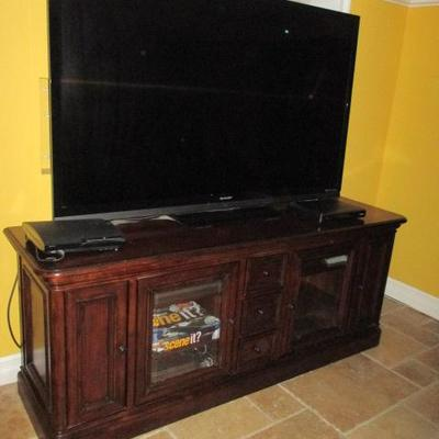 HD TV's Entertainment Centers