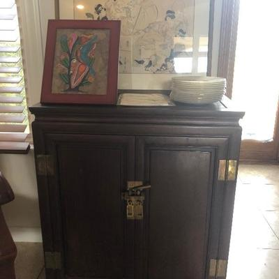 Estate sale photo