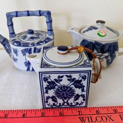 MAS (3) Teapots - Blue & White $25.00/all